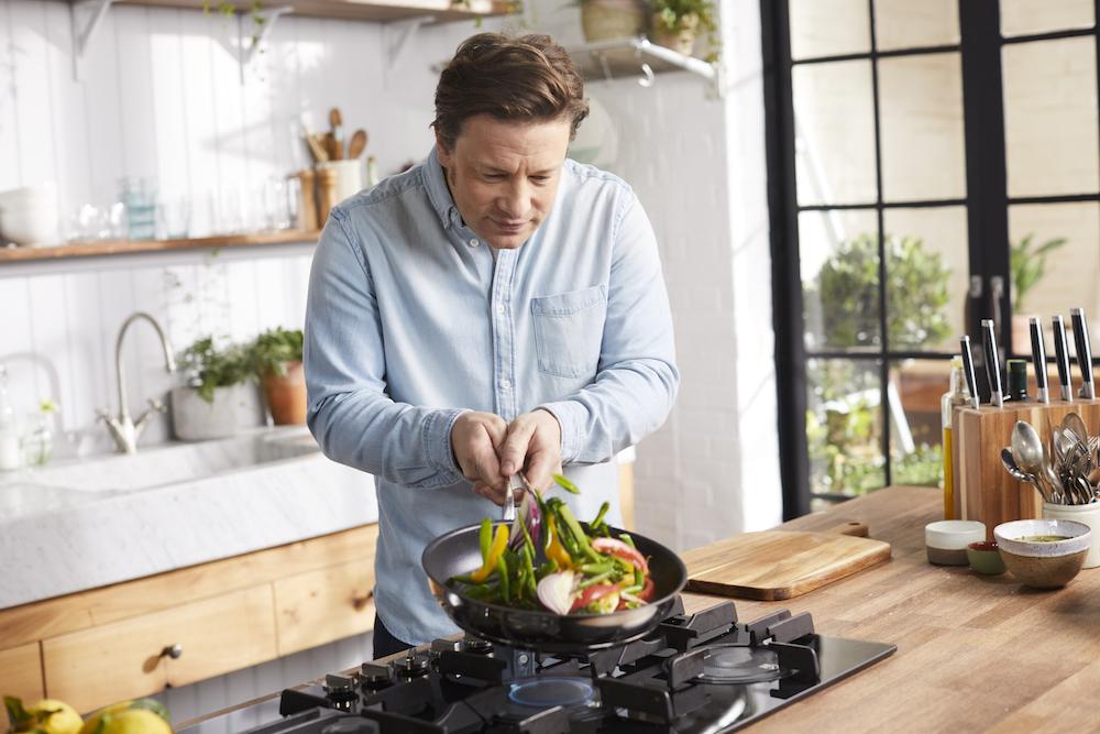 Jamie Oliver & gaskookplaat van Bauknecht - gemakkelijk, gezond en puur koken #keuken #keukenapparatuur #inbouwapparatuur