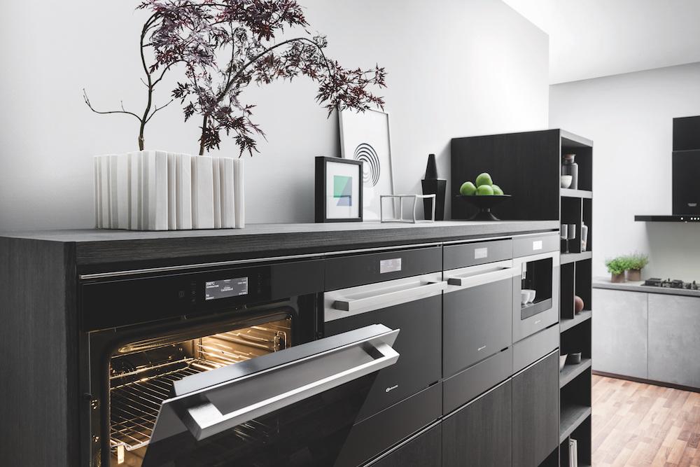 innovatieve inbouwapparatuur van Bauknecht Collection 9 - ovens en koffieautomaat #keuken #inbouwapparatuur #bauknecht