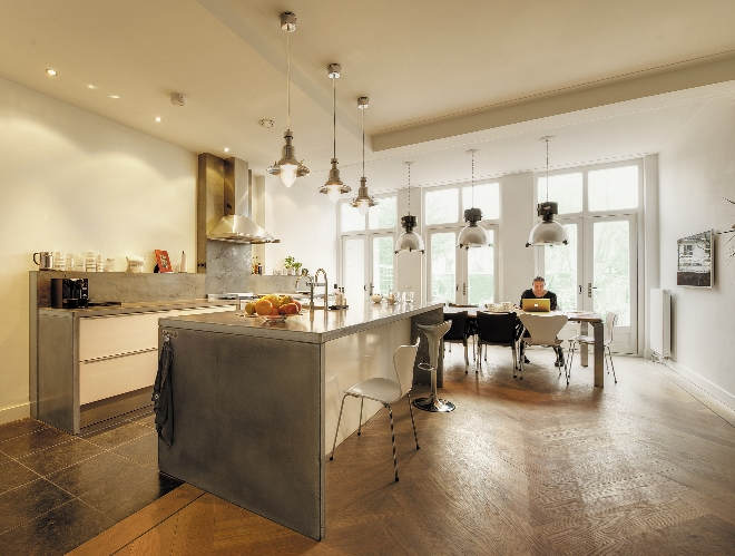 Keuken Met Beton : Betonnen werkbladen op maat van betonkeuken nieuws