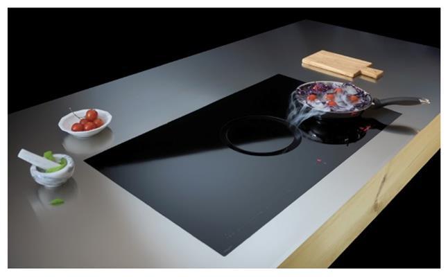 Kookplaat van Concept Swiss in roestvrijstalen werkblad (maatwerk van Concept Swiss)