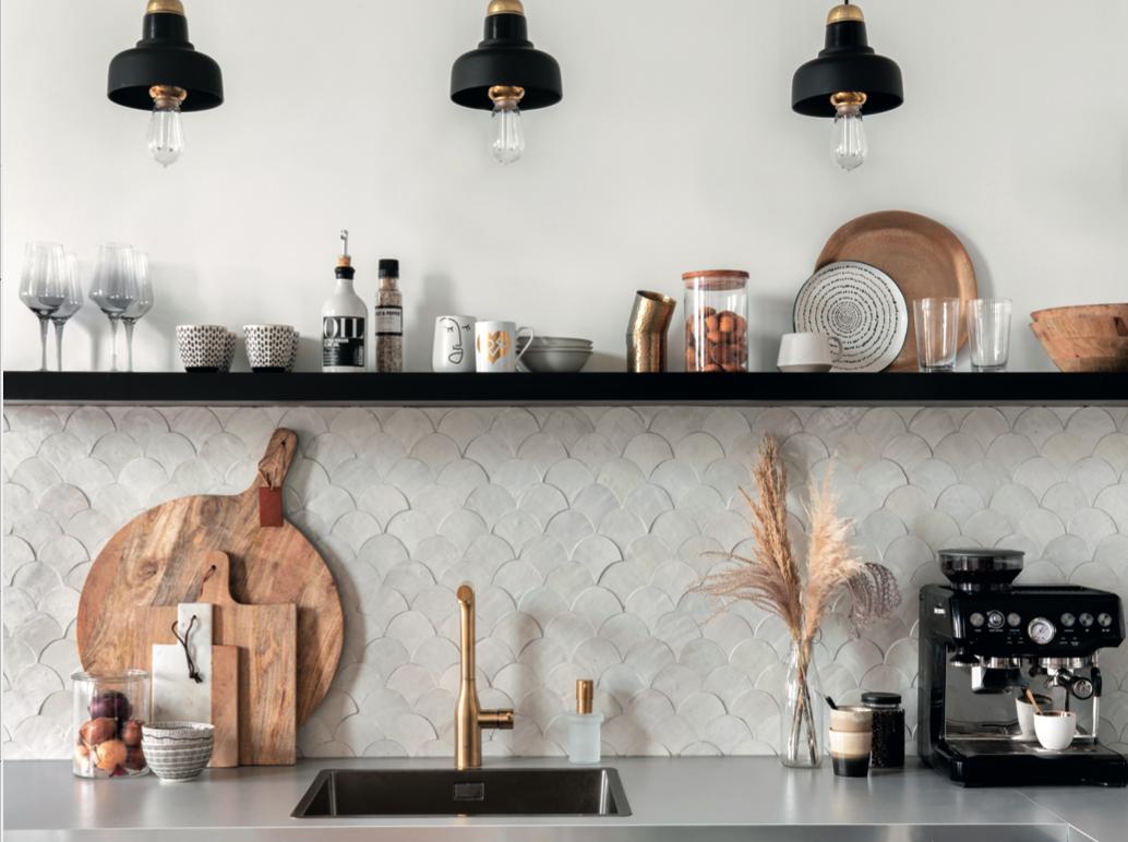Designtegels. Marokkaanse tegels achterwand keuken #keuken #tegels #keukentegels #wandtegels #designtegels