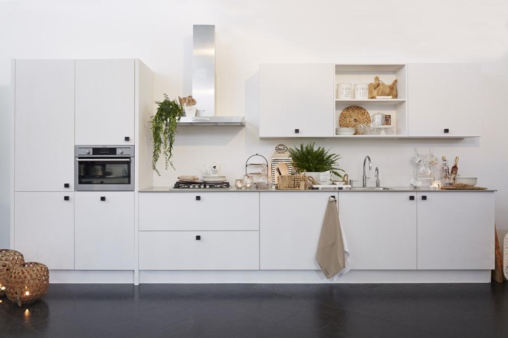 Riverdale keuken met rechte opstelling - keuken indelen en keuken kopen
