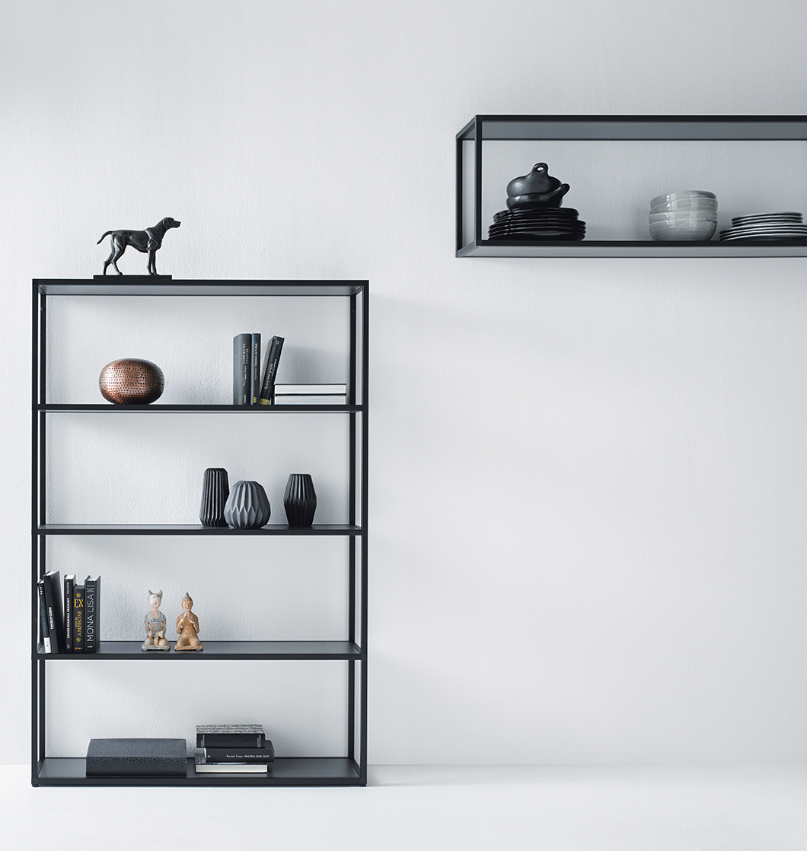 Open kast voor keuken of woonkamer. next125 Frame van aluminium in onyx zwart #next125 #openkast #interieur #keuken #framerack Rack