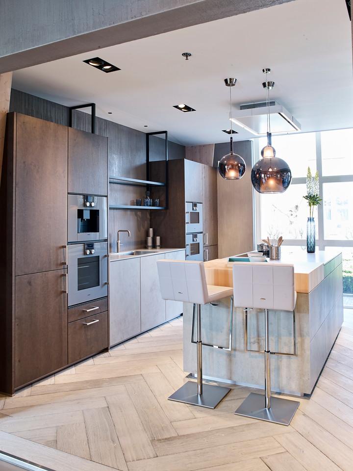 Designkeuken met hout en betonlook. next125 keuken NX950 NX620 via Tieleman keukens #keuken #designkeuken #next125 #betonlook #keuken