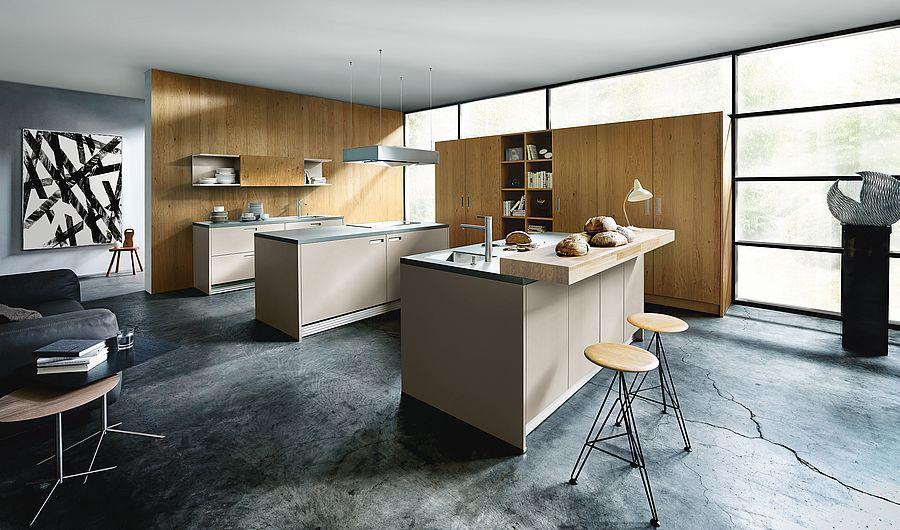 Houten ontbijtbar aan het kookeiland. Next125 bar in moderne keuken #next125 #ontbijtbar #bar #keuken #keukeninspiratie