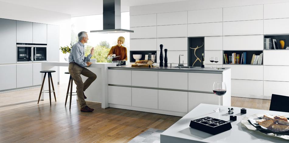 Schuller keuken Glasline met kookeiland #schuller #keuken #keukeninspiratie