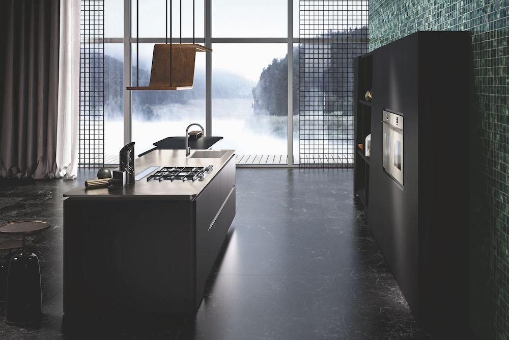 Houd jij van design? De nieuwste Snaidero Vision is een verpletterend sensationeel keukenontwerp met schitterende details en accenten. De greeploze Vision - die is ontworpen door Pininfarina design - heeft vloeiende lijnen en er is veel aandacht besteed aan symmetrie en geometrie. Een ruime keuken met een schitterend kookeiland en een te gekke uitstraling.  Snaidero Vision keuken nero pur. Zwarte designkeuken met kookeiland #keukendesign #designkeuken #zwartekeuken #snaidero #snaiderovision #madeinitaly #design  Kookplaat met downdraft kookafzuiging in kookeiland van Italiaanse designkeuken Snaidero Vision #snaidero #snaiderovision #designkeuken #keuken #kookplaat #madeinitaly  Snaidero Vision keuken nero pur. Zwarte designkeuken met kookeiland #keukendesign #designkeuken #zwartekeuken #snaidero #snaiderovision #madeinitaly #design  Snaidero Vision keuken nero pur. Zwarte designkeuken met kookeiland #keukendesign #designkeuken #zwartekeuken #snaidero #snaiderovision #madeinitaly #design  Inbouwapparatuur van Snaidero Vision keuken. Italiaans design te bewonderen in de showroom van Tieleman Keukens #snaidero #snaiderovision #keuken #keukendesign #keukeninspiratie  Snaidero Vision designkeuken #design #snaidero #snaiderovision #designkeuken #keuken  Snaidero Vision keuken nero pur. Zwarte designkeuken met kookeiland #keukendesign #designkeuken #zwartekeuken #snaidero #snaiderovision #madeinitaly #design