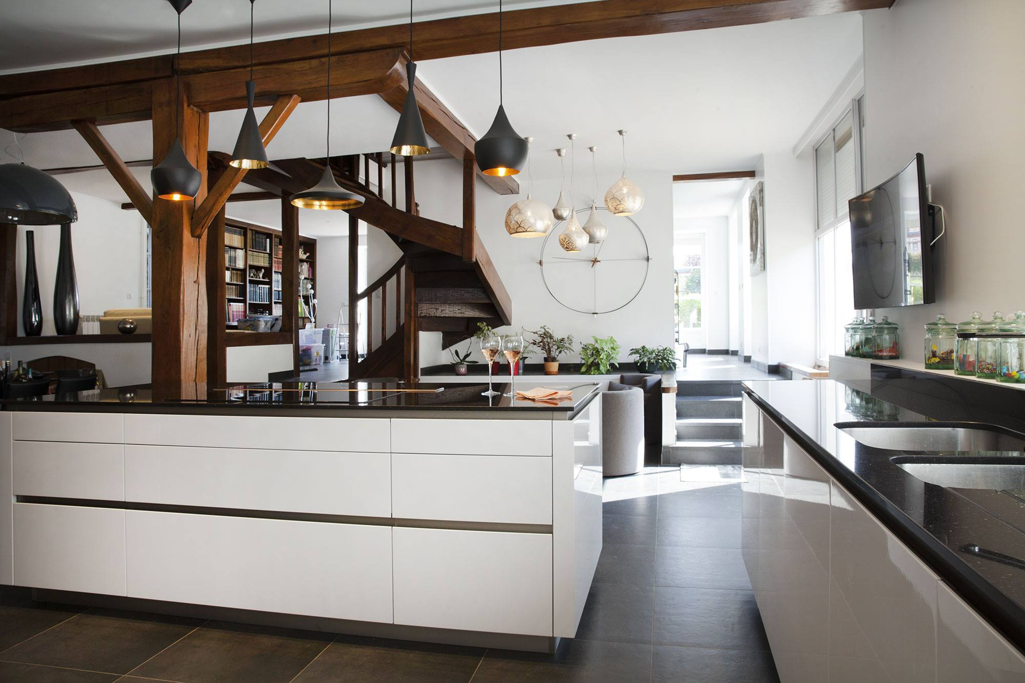 Snaidero greeploze witte designkeuken product in beeld startpagina voor keuken idee n uw - Deco keuken oud land ...