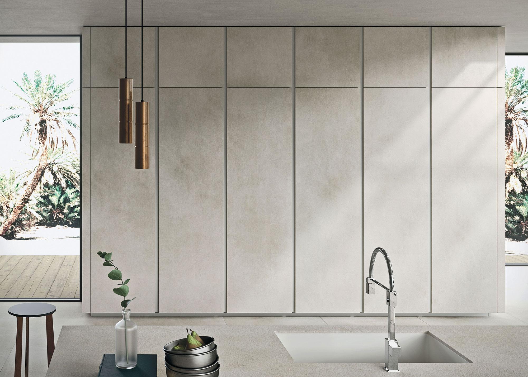 Italiaanse designkeuken Snaidero Way Materia. Moderne greeploze keuken in lichte kleur 'calce' kalk grijs #design #designkeuken #snaidero #madeinitaly #keuken