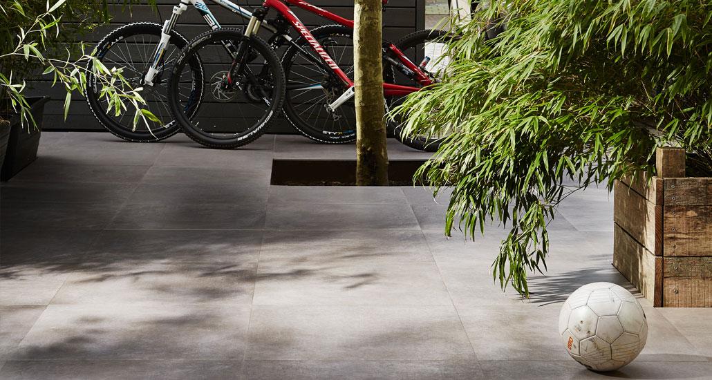 Buitentegels terras duostone vtwonen - fotografie: Alexander van Berge