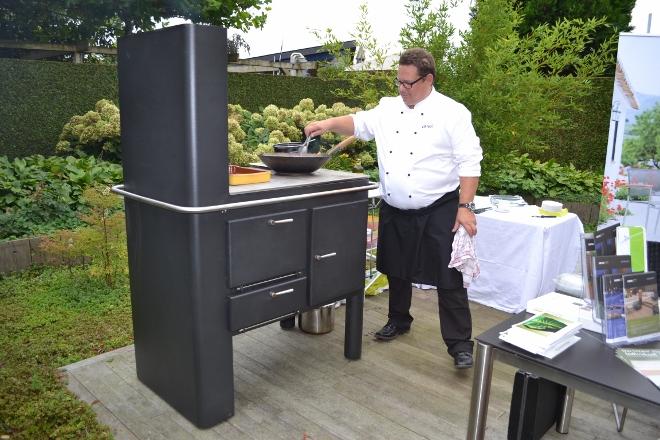 Buitenkeuken op hout gestookt met pizzaoven Zeno Cooking via Zeno Products