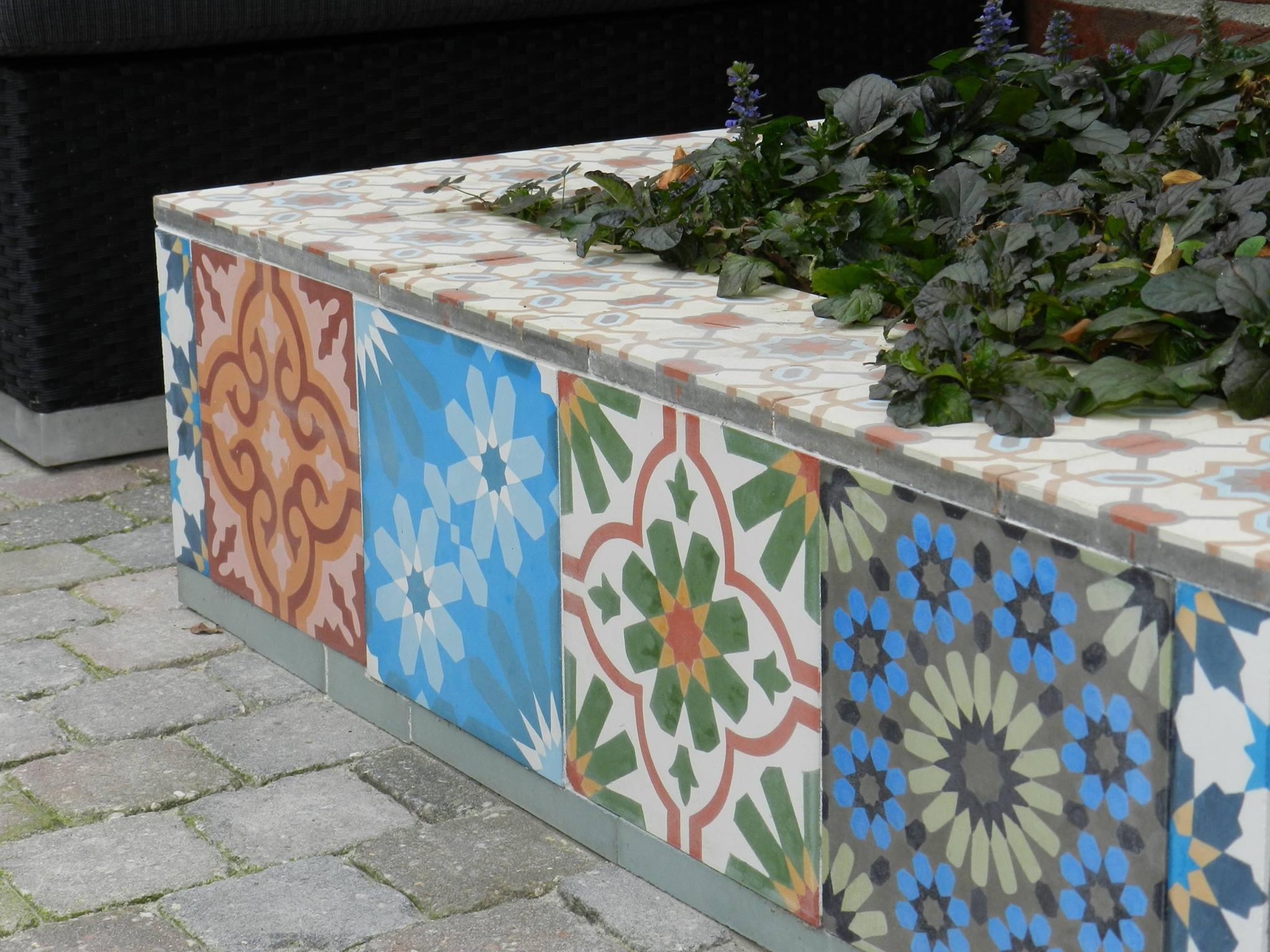 Portugese Tegels Tuin : Tuinidee kleurrijke tegels op je terras nieuws startpagina voor