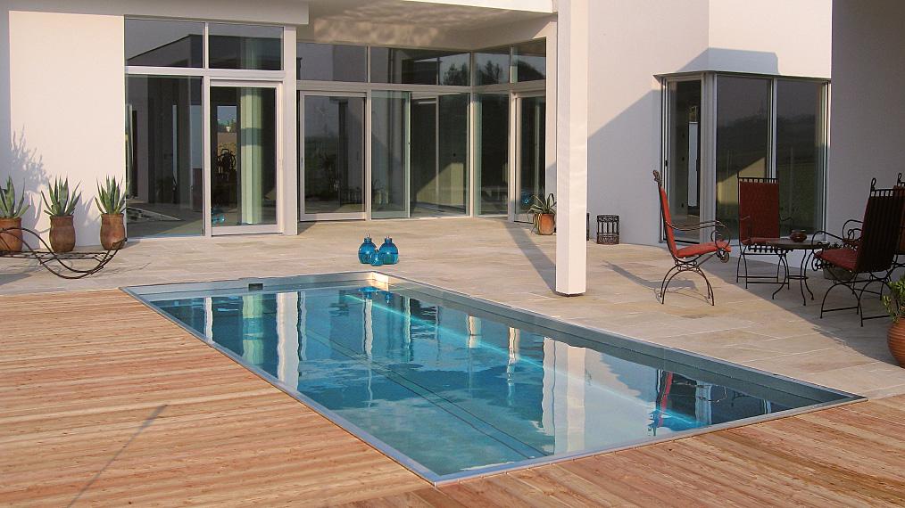 Zelfreinigend zwembad Newave van edelstaal - Polytherm