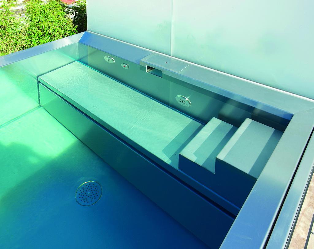 Zwembad van edelstaal via Polytherm