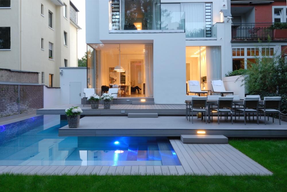 Priv zwembad in de tuin startpagina voor tuin idee n uw - Klein zwembad in de kleine tuin ...