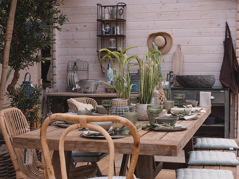 Tuinmeubels van Fonteyn. Buiten wonen. #tuin #tuinidee #tuinmeubels #tuininspiratie #tuinhuis