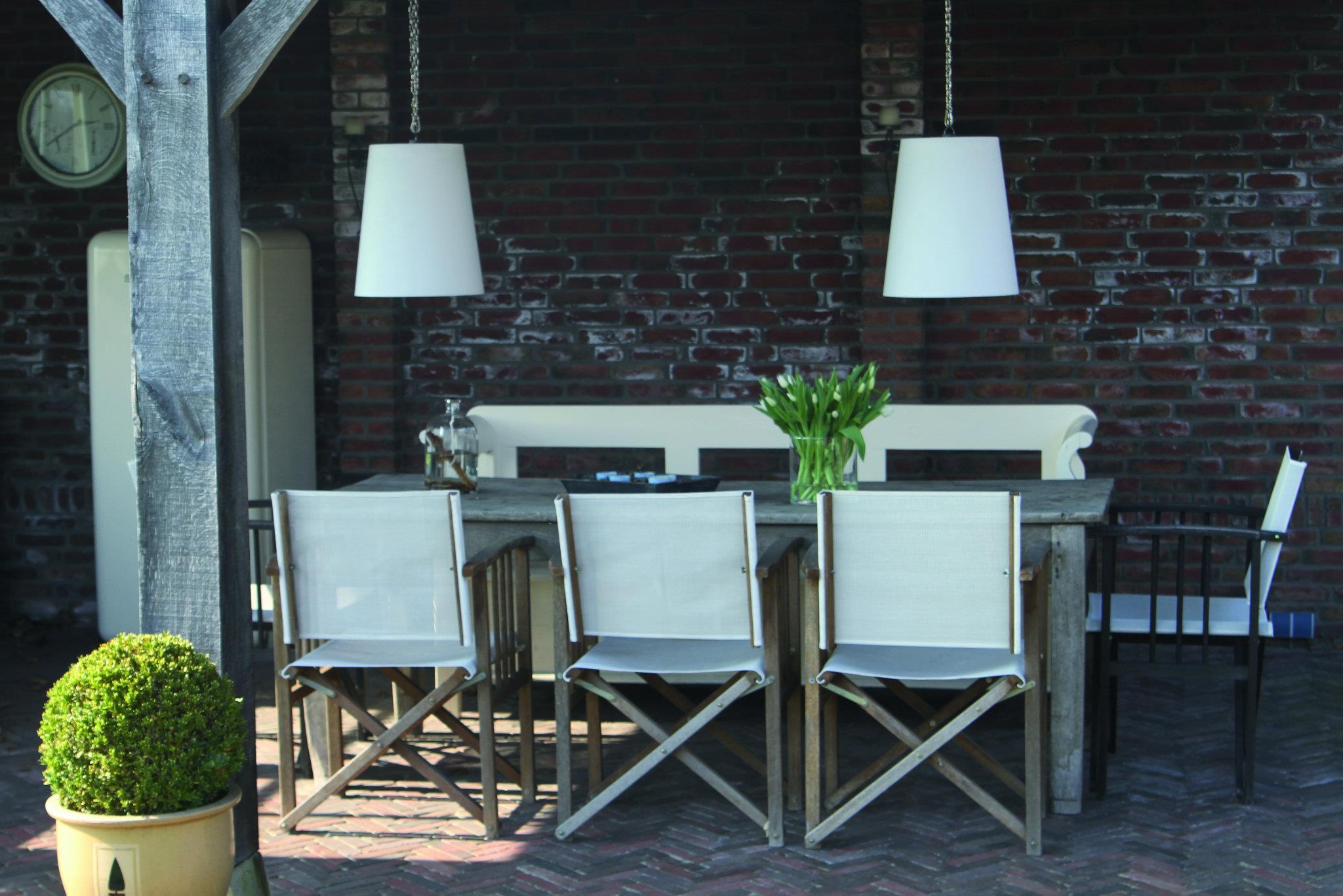 Draadloze dutch design hanglampen voor de tuin. Op zonne-energie van Gacoli