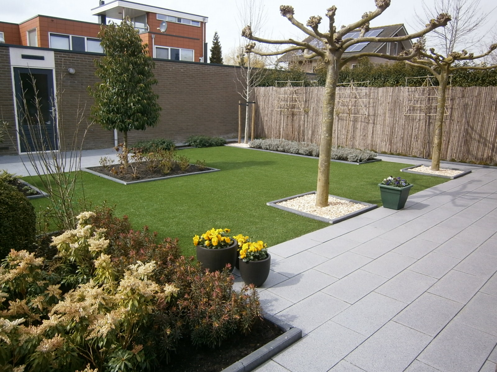 Kunstgras startpagina voor tuin idee n uw - Een terras aan het plannen ...