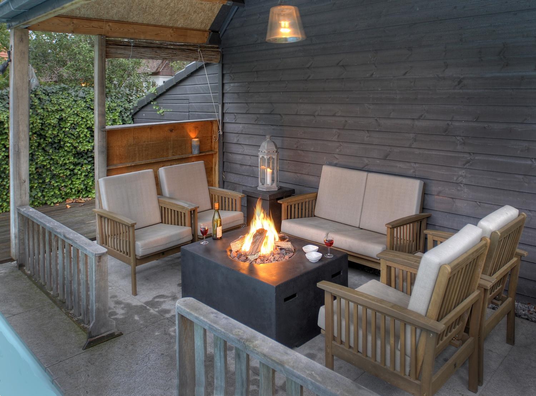 Happy Cocooning loungetafel met ingebouwde gashaard voor tuin en terras