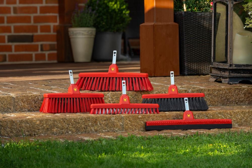 WOLF-Garten X-tra Clean – Veeg en schrob huis, terras en balkon 2x sneller en efficiënter met deze bezems en opzetstukken #wolfgarten #bezems #terras #schoonmaken #vegen