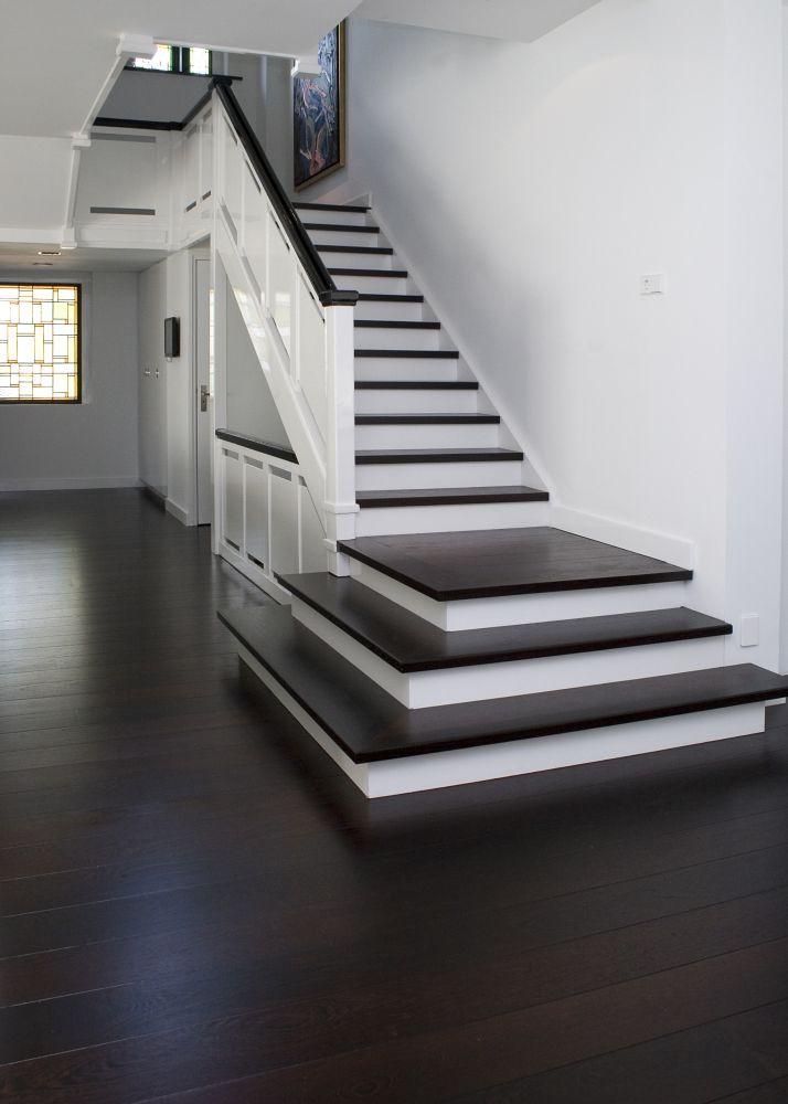 Houten vloer van beukers vloeren nieuws startpagina voor for Renovatie houten trap