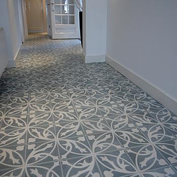 Portugese tegels laminaat in de hal van mijn huis - Tegel patroon badkamer ...