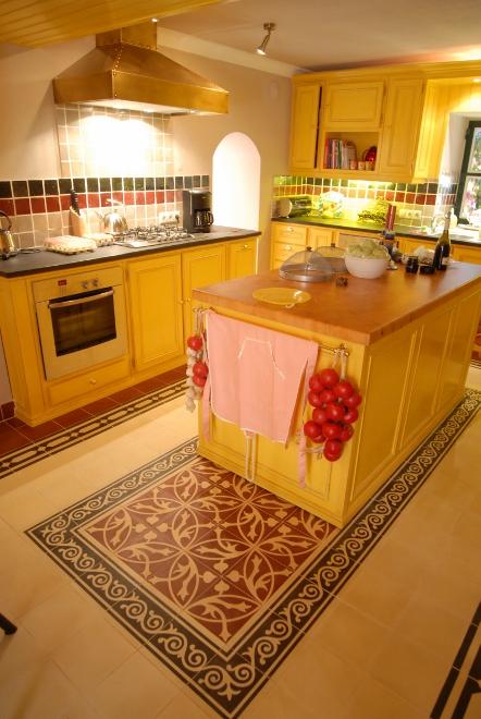 Greeploze Keuken Nadelen : witte graniet in de keuken keukenwerkblad graniet
