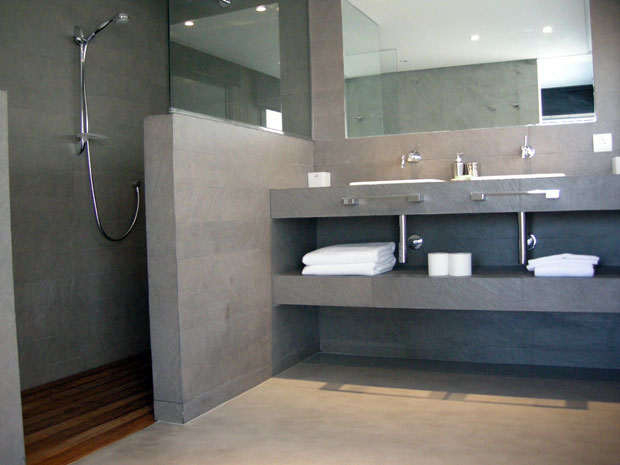 Badkamer beton vloer van Decocement
