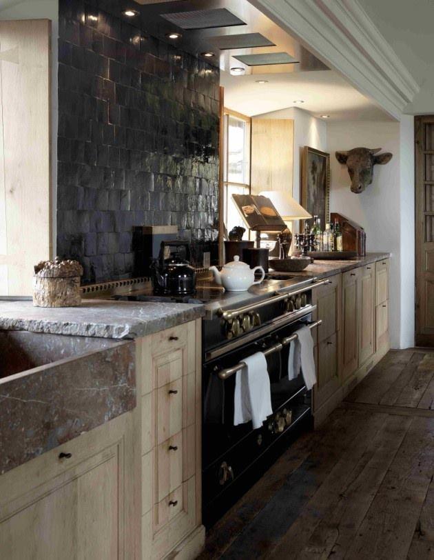 Landelijke keukens een sfeervolle keuken met landelijke stijl nieuws startpagina voor keuken - Zwarte houten keuken ...