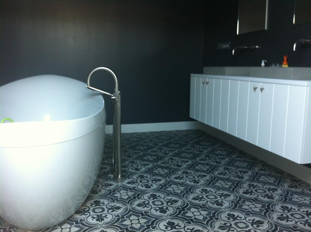 Mooi vloeren van portugese tegels antieke tegels nieuws startpagina voor vloerbedekking - Tegel patroon badkamer ...