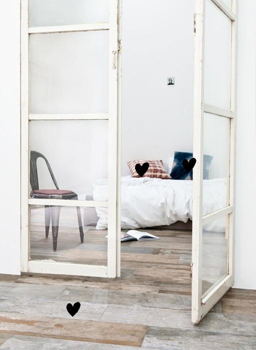 VT wonen vloer tegels sloophout