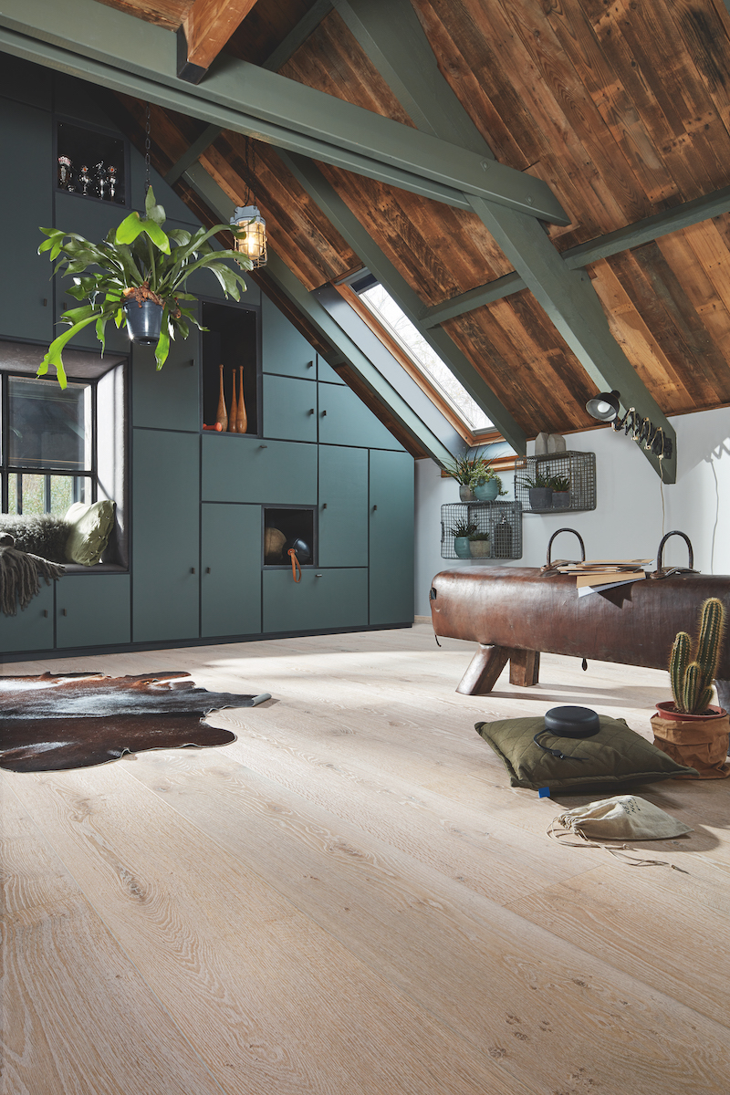 Nieuwste Lindura houten vloer Houten HD400 natuurgeolied van Meister - Eik authentic white washed 8742  #interieur #interieurinspiratie #houtenvloer #hout #vloer #meister #lindura