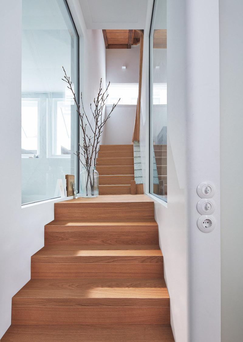 Fresh badkamer ideeen met trap tapijt badkamermeubels - Trap ontwerpen ...
