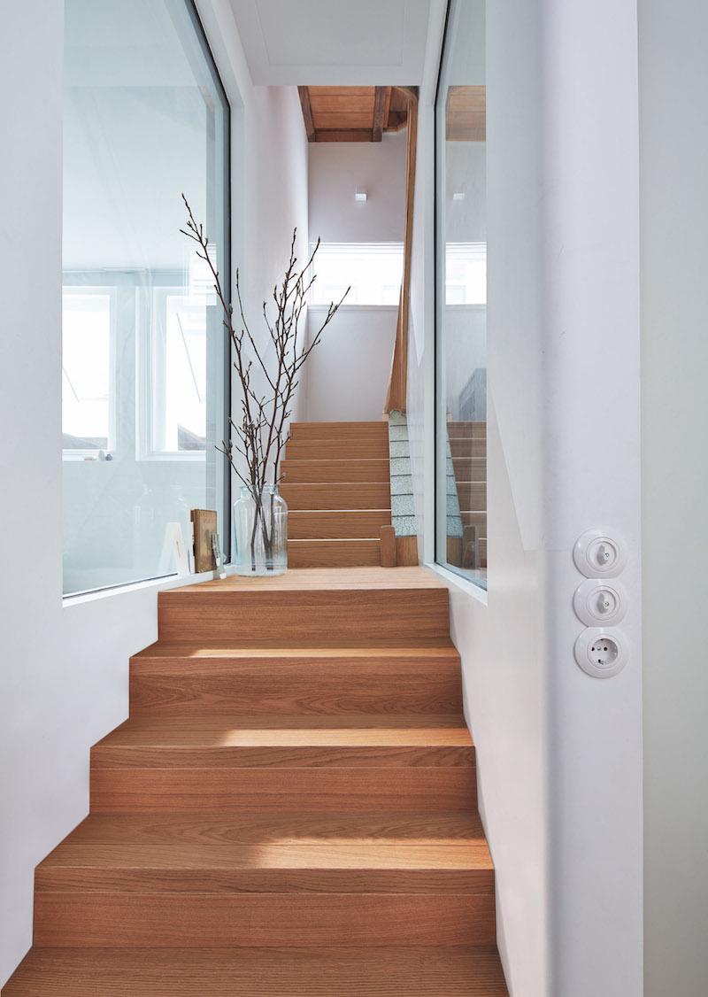 Trap bekleed met parket en matching trapprofielen van Meister #hout #woonideeen #interieur