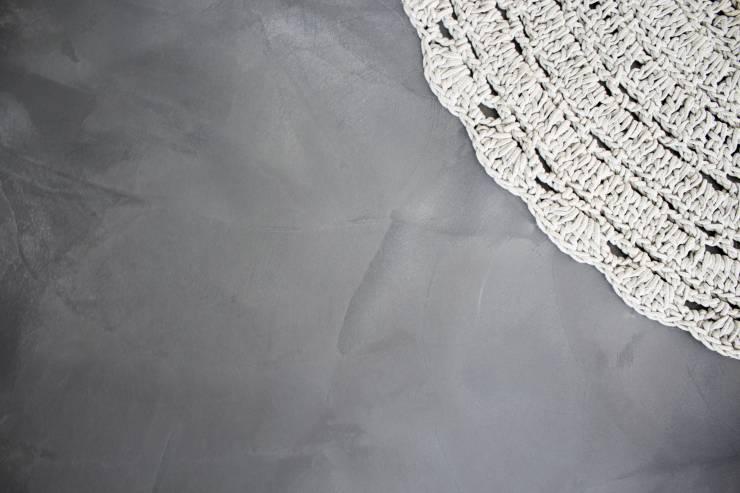 Cementgebonden gietvloer met betonlook via Motionvloer #interieur #vloer #inspiratie