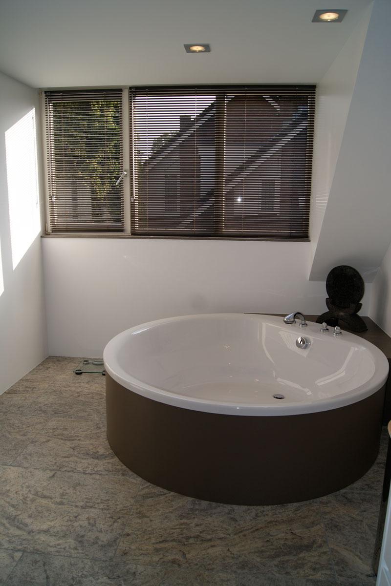 New badkamer ideeen met pvc vloeren twente badkamermeubels ontwerpen 2017 - Badkamer met parketvloer ...
