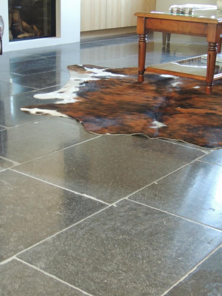 Natuursteen vloer via Nieuwenhuizen natuursteen
