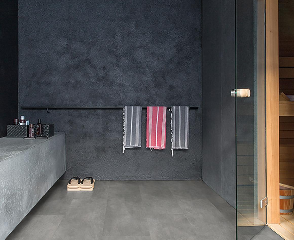 Livyn badkamervloer met natuursteenlook nieuws startpagina voor badkamer idee n uw - En grijze bad leisteen ...