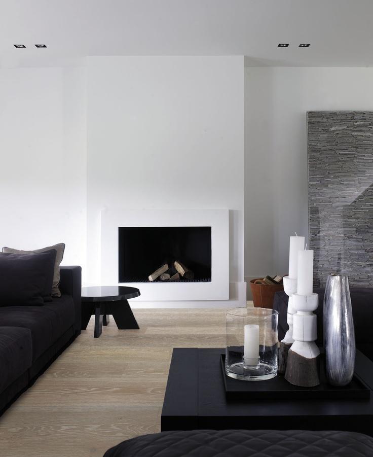 Houten vloer met haard - Solidfloor by Piet Boon Flooring