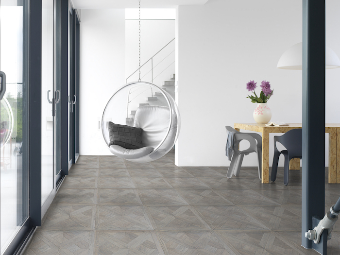 Creeer je eigen unieke houten vloer met Create your Solidfloor - Solidfloor houten vloertegel Vienna Panel Pierrefonds #interieur #houtenvloer #solidfloor #vloer