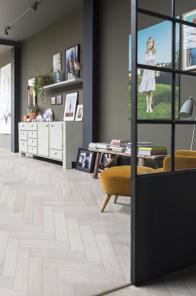 Creeer je eigen unieke houten vloer met Create your Solidfloor - Solidfloor houten visgraat vloer Herringbone #interieur #houtenvloer #solidfloor #vloer #visgraat