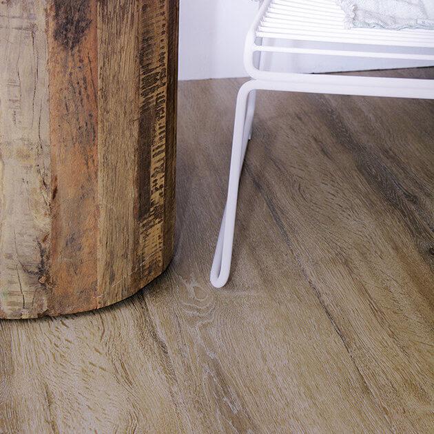 PVC vloer met eiken hout dessin - Collectie XTRMfloors van Vivafloors