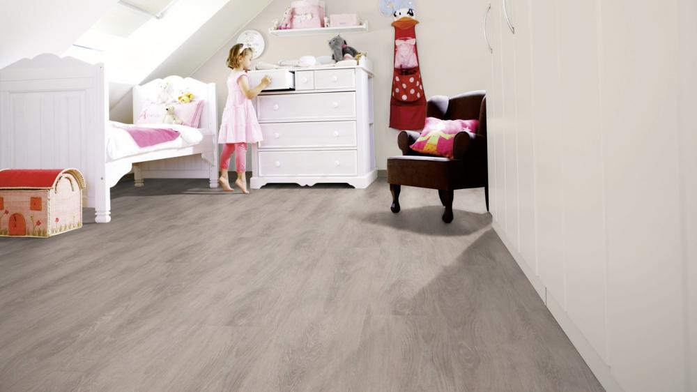 Kinderkamer met kunststof vloer met XL planken en houtlook - Designline Connect Kingsize via Windmoller