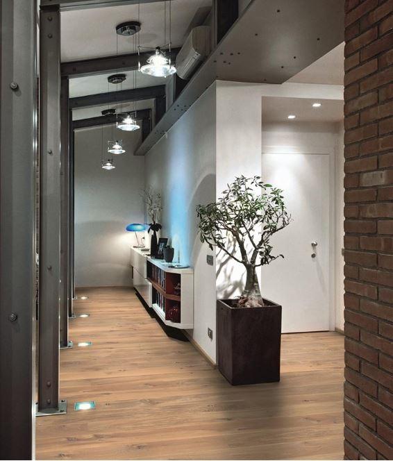 Eikenhouten vloer naturel gerookt wit Basiclife via Your Floor