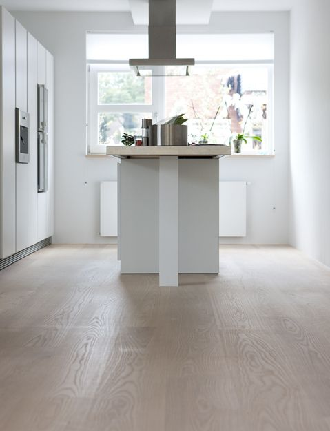 Riviera Maison Keuken Paul Roescher : Houten Vloer Voor Keuken : Houten vloer in de keuken via Uipkes houten