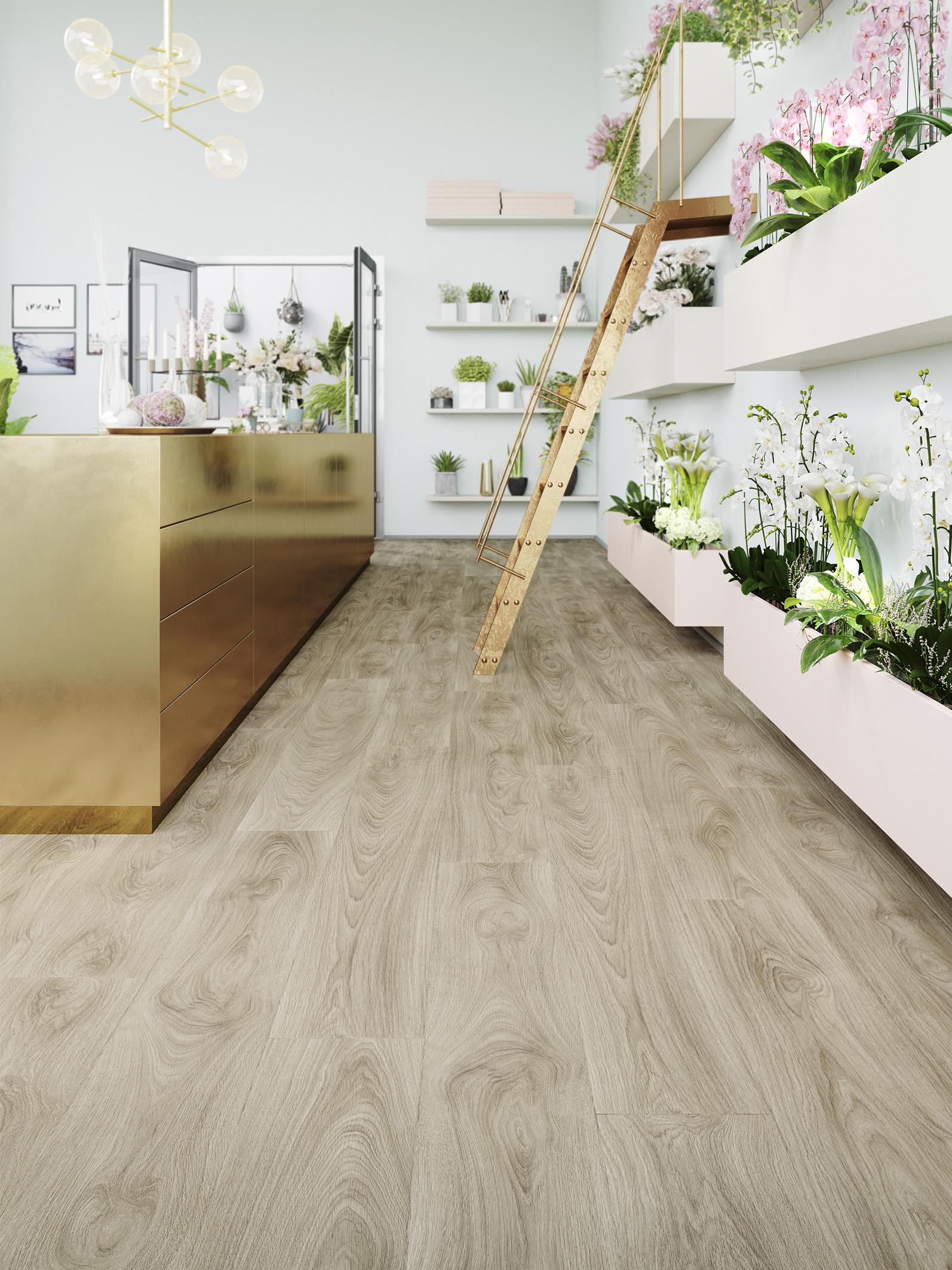 De 'Naturally Impressive Floors' van Moduleo lijken als het ware uit de natuur geplukt. Deze vloeren staan stuk voor stuk voor een aparte beleving, waarbij je zelfs de diepte van de groeven, lijnen en knoesten voelt. Laurel Oak (foto) straalt rust, elegantie en gezelligheid uit. #moduleo #pvc #vloeren #houtlook #pvcvloer