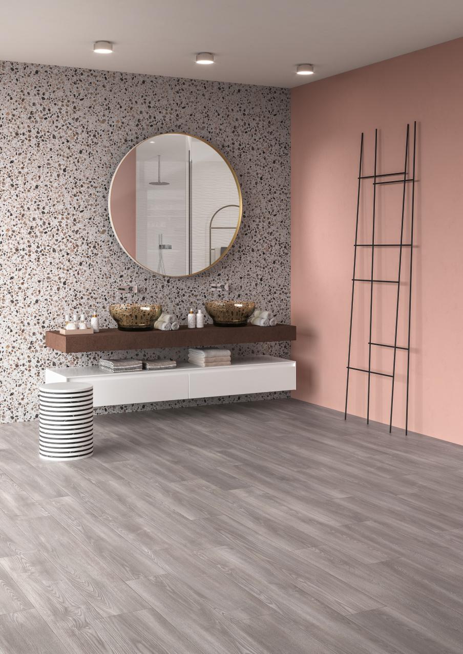 Badkamer met PVC vloer met hout dessin uit de Transform collectie van Moduleo #vloer #pvc #pvcvloer #badkamer #badkamervloer #interieurinspiratie #moduleo