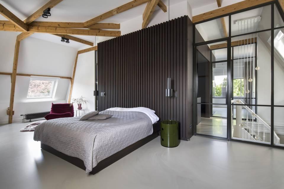 Villa Haarlem Wilhelminapark. Studio Ruim. Interieur © Daniel Nicolas #binnenkijken #villa #haarlem #architectuur #interieur #studioruim #slaapkamer