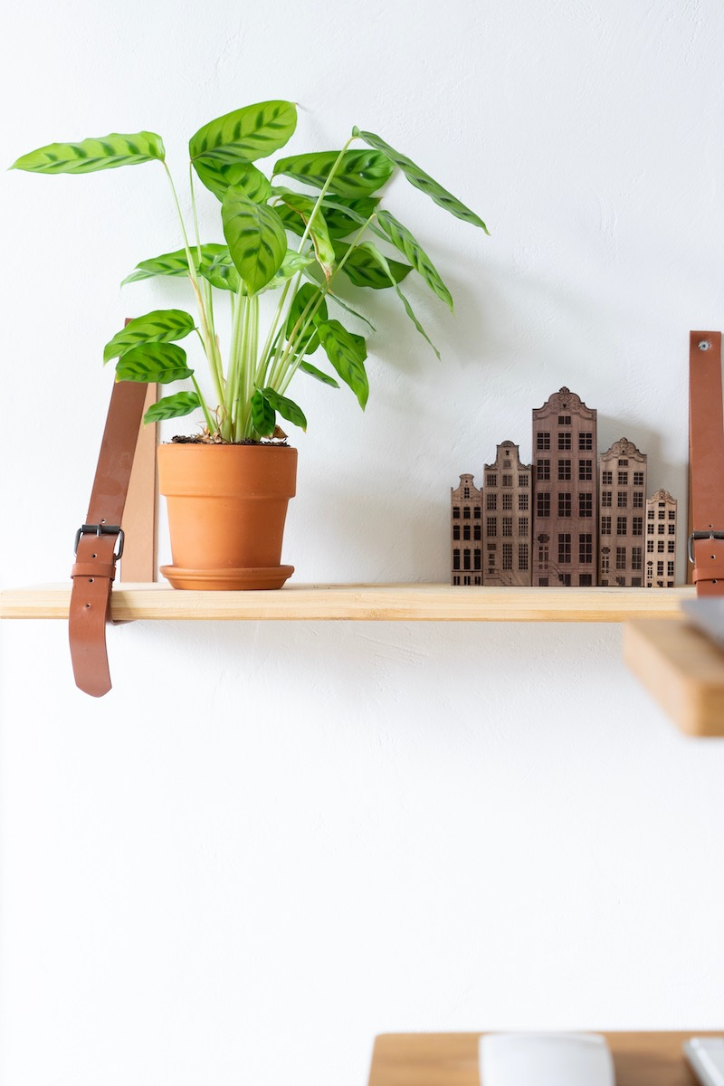 Houten grachtenhuisjes #accessoires #interieur #woodenamsterdam