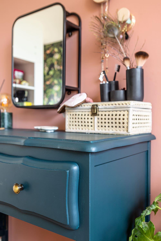 Kastje van oud naar nieuw door Kelly Sterk #upcyclen #meubels #verven